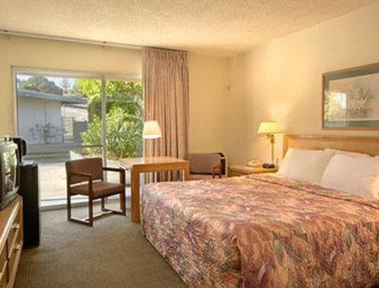 Novato, CA: Standard King Bed Room