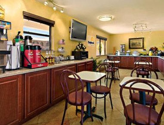 Rio Rancho, NM: Breakfast Area