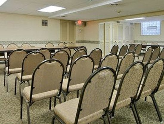Lakewood, OH: Meeting Room