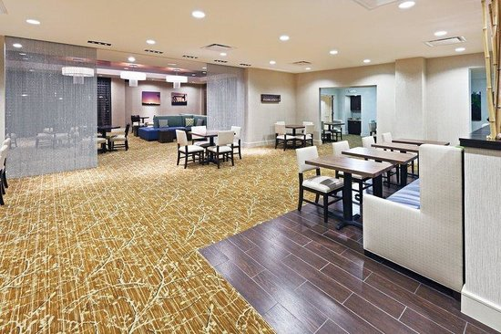 Holiday Inn Bedford DFW Airport Area West: 3B Bluebonnet Bistro