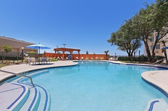 Bedford, TX : Swimming Pool 