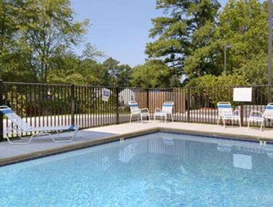 Yorktown, VA: Pool