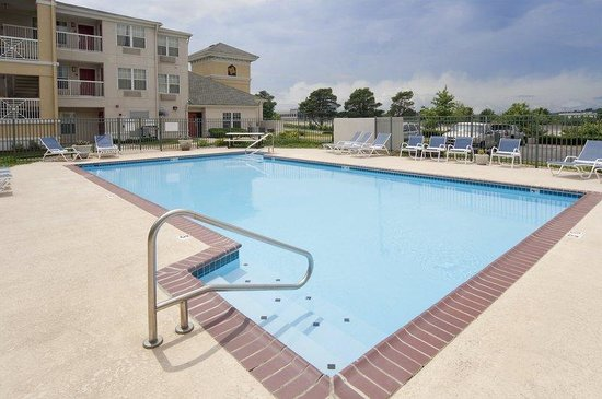 Extended Stay America - Kansas City - Lenexa - 87th St.: Swimming Pool