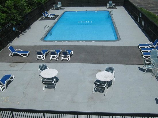 Danbury, CT: Swimming Pool
