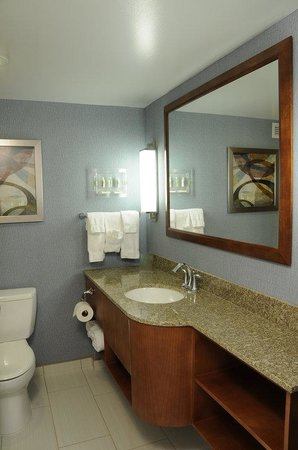 Jessup, MD: Newly renovated spaces at Holiday Inn Columbia
