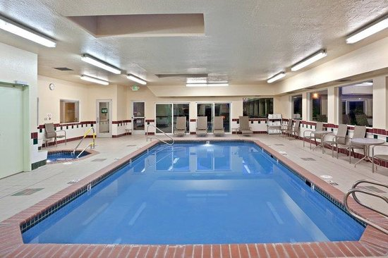 Burlington, WA: Indoor Heated Swimming Pool