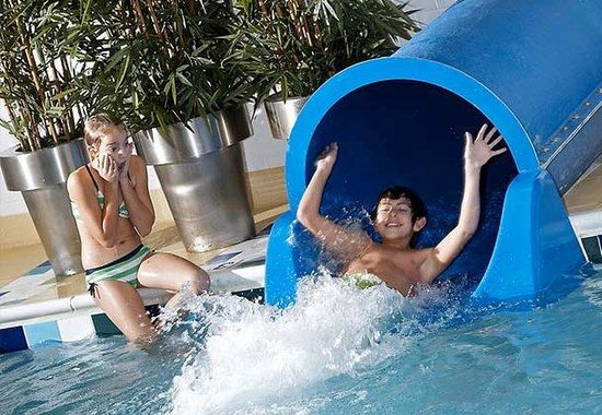Beachwood, OH : Waterslide