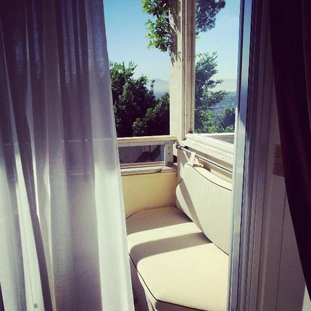 Rome Cavalieri, Waldorf Astoria Hotels & Resorts: Roman sunshine