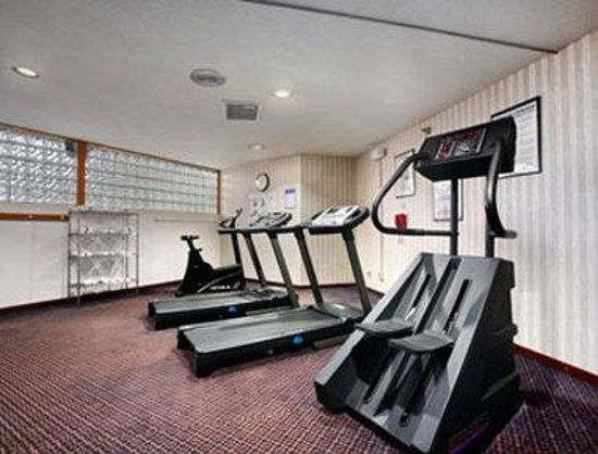 Ramada Conference Center: Fitness Center