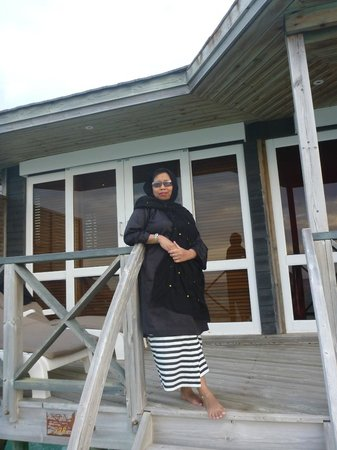 Kuredu Island Resort & Spa: wearing traditional baju kurong @ sangu water villa