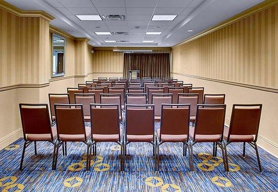 Courtyard by Marriott Charleston Historic District: Copper Meeting Room