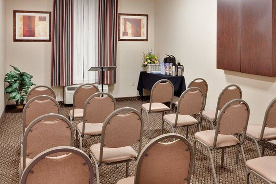 Holiday Inn Express Hotel & Suites Chambersburg: Meeting Room