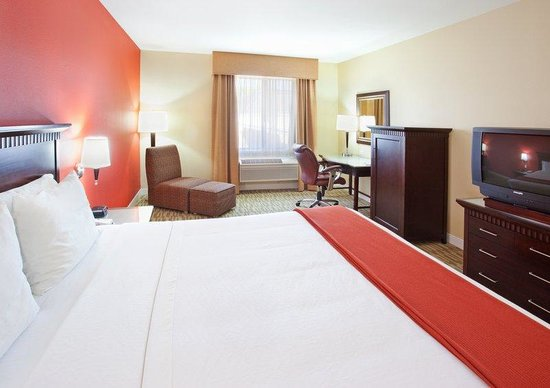 Redwood City, CA: King Bed Guest Room