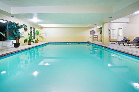 London, KY: Swimming Pool