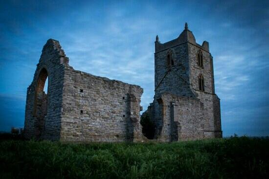 Bridgwater, UK: Burrow Mump late evening
