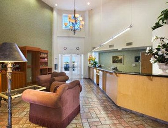 The Ramada Williams: Lobby