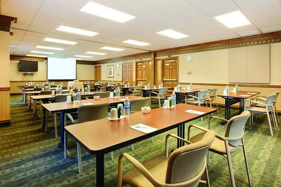 Pleasanton, CA: Meeting Room