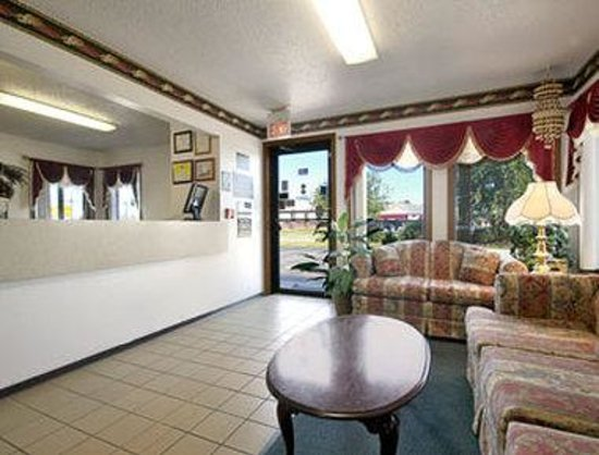 Muncie, IN: A very attractive and comfortable lobby area to sit and read a newspaper while having a cup of c