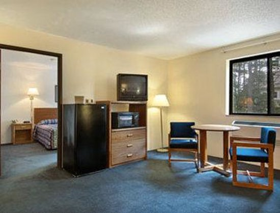 Days Inn Brunswick: Suite