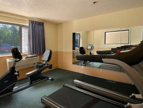 Days Inn Brunswick: Fitness Center