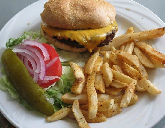 Metairie, LA: Delicious Hamburger from Roundhouse Bar and Grill