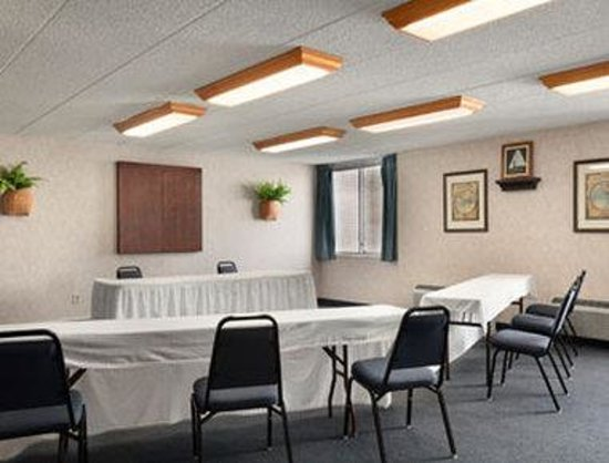 Ramada Inn Bangor: Meeting Room