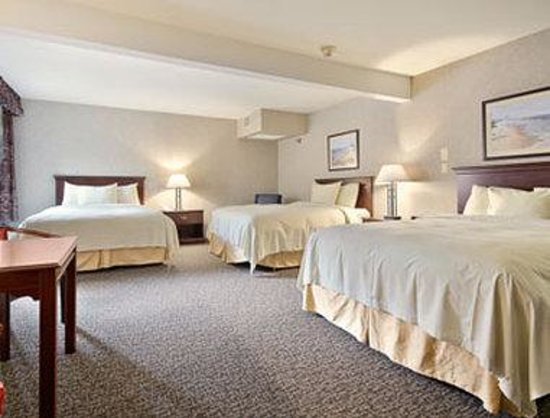 Waukegan, IL: Family Suite
