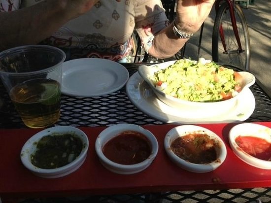 Oak Park, IL: The guacamole appetizer is enough for 4 people!