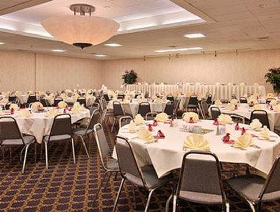 Fairview Heights, IL: Banquet Room