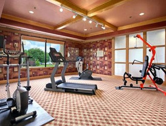 Ramada Downtown North: Fitness Center