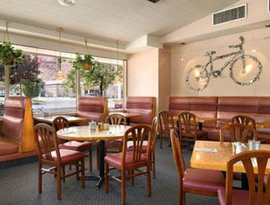 Ramada Moab Downtown: On-site Pancake Haus Restaurant Featuring Pancakes, French Toast And American Breakfast
