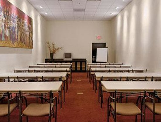 Ramada Plaza Hotel-West Hollywood: Meeting Room