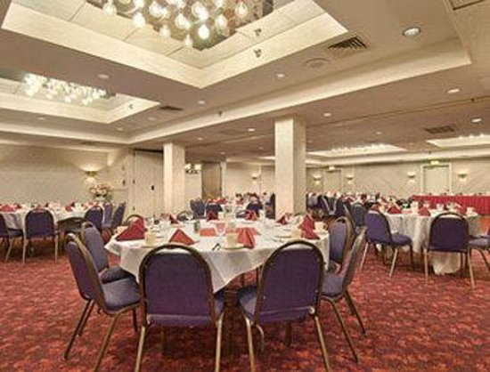 Ramada Milwaukee City Centre: Banquet Room