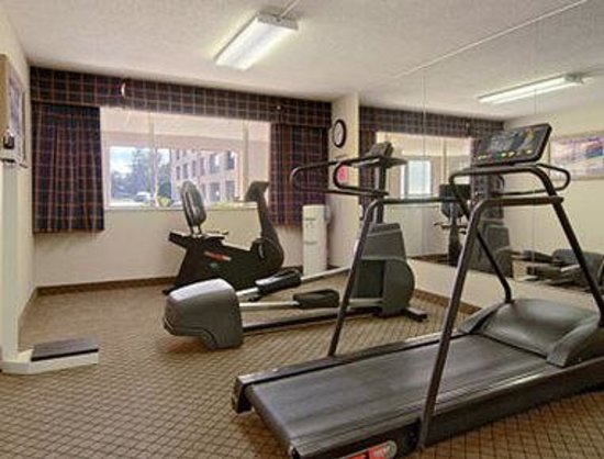 Ramada Cortland Conference Center: Fitness Center