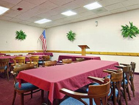 New Port Richey, FL: Meeting Room