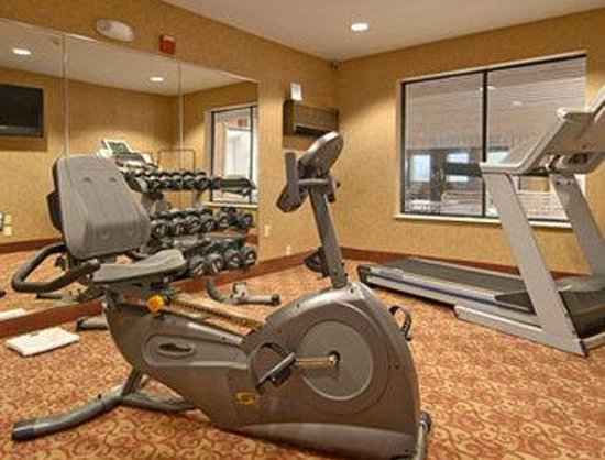 Ramada Inn: Fitness Center