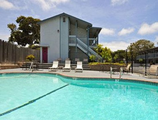 Ramada Limited Monterey: Pool