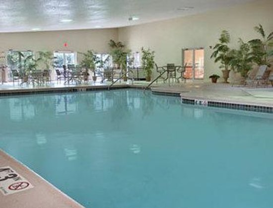 Galena, IL: Pool