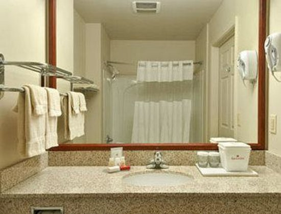 Marina, Californie : Bathroom
