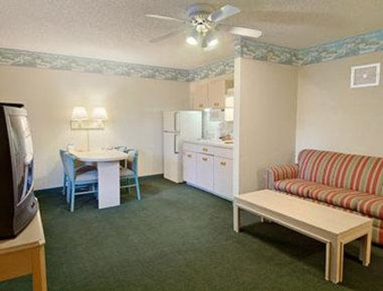 Ellenton, FL: One Bedroom Suite