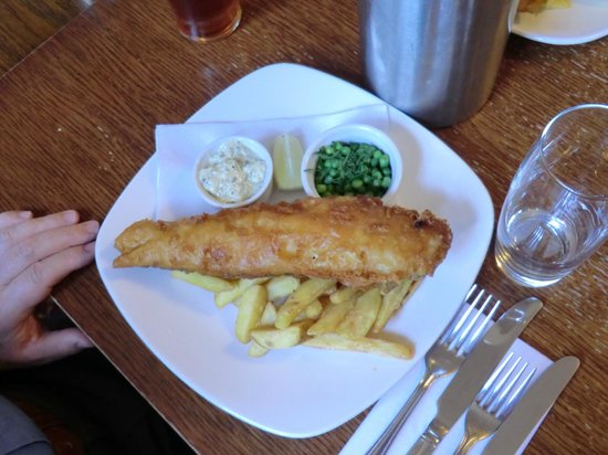 Wye, UK: Excellent fish and chips !