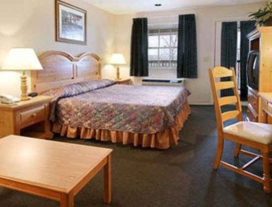 Hiawassee, GA: Standard King Bed Room
