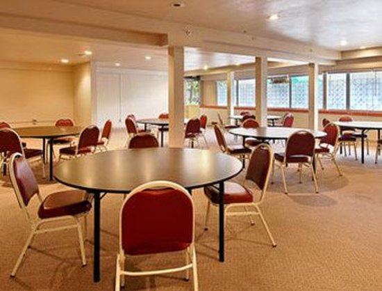 Ramada Anchorage Downtown: Meeting Room