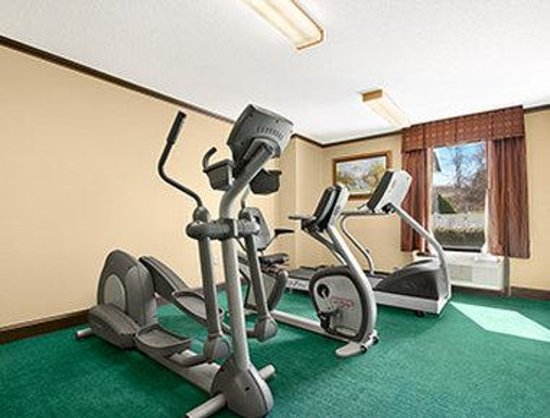 Ramada Limited Columbia : Fitness Center