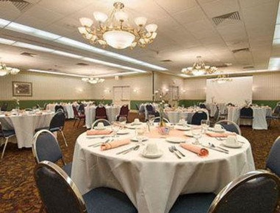 Ramada Airport-Cruise Port Fort Lauderdale: Meeting And Banquet Rooms