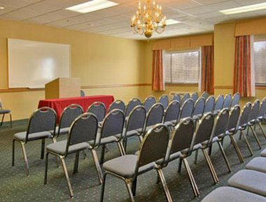 Ramada Limited and Suites - Franklin: Meeting Room