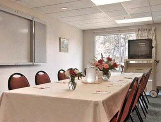 Forest Park, GA: Meeting Room
