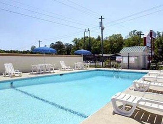 Calhoun, GA: Pool