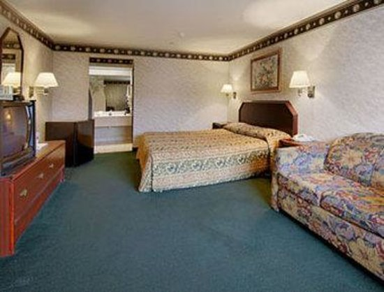 Hutchins, TX: Standard King Bed Room
