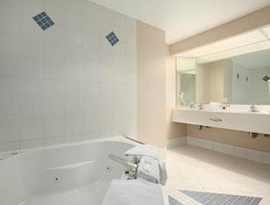 Geneva, Nowy Jork: Jacuzzi Suite